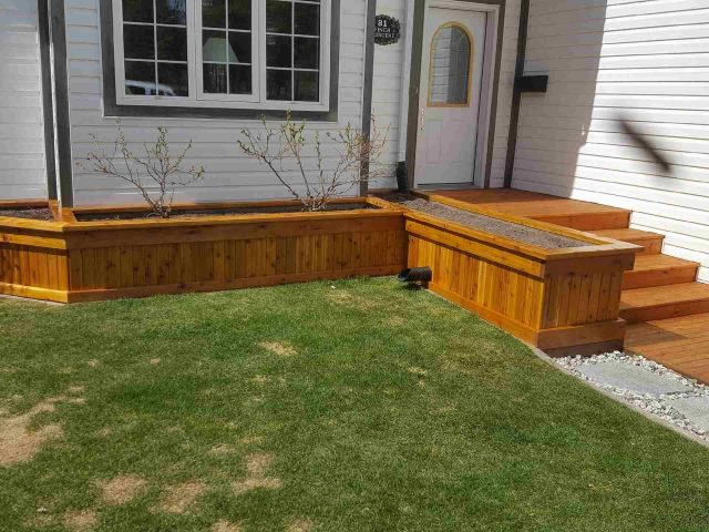 Beautiful Rebuilt Cedar Garden Bed
